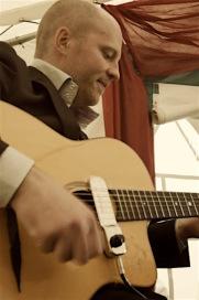 musicien de jazz et swing manouche du groupe musical kia-ora